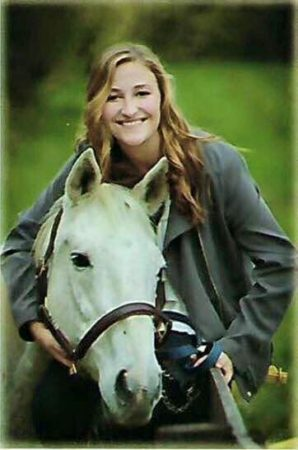Senior pictures with the horse of a lifetime. (Courtesy of Bella Run)