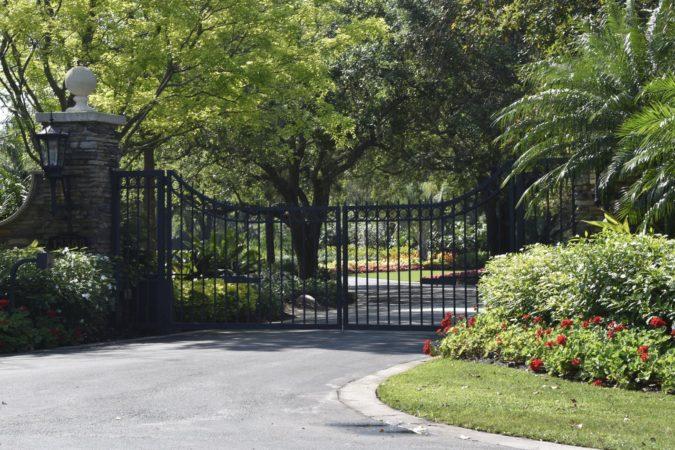 DR gates